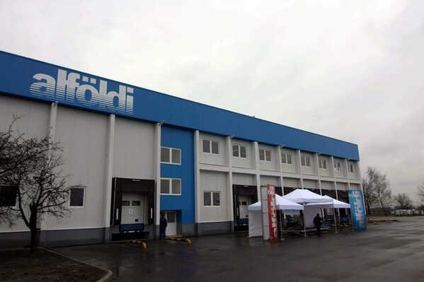 Tejipar - Logisztikai központot avattak az Alföldi Tej Kft.