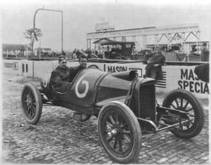 Régebben ilyen autókkal versenyeztek