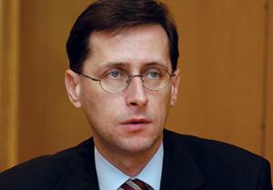 2005.02.21. Varga Mihály FIDESZ volt pénzügyminiszter jelenleg kabinetfõnök