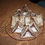 kekszes túrós háromszögek