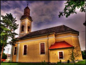 Katolikus-templom2