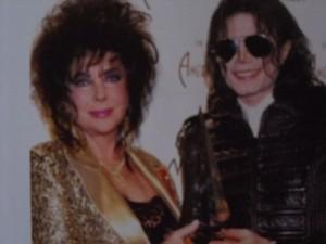 Elizabeth Taylorral, barátjával