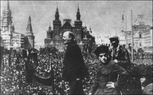 Lenin szónokol