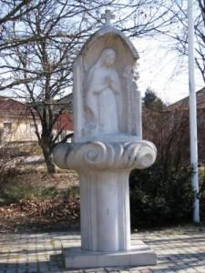 Szent Margit szobor